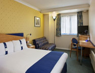 Birmingham Holiday Inn Express Hotel Bedroom 1