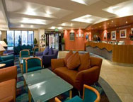 Heathrow Comfort Inn lobby