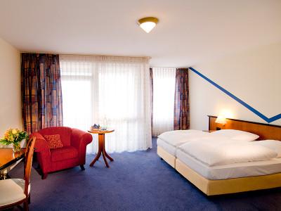 Parken und Schlafen im Mercure Hotel Oldenburger Allee