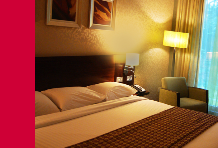 /imageLibrary/Images/78920-LGW-Courtyard-bed.png