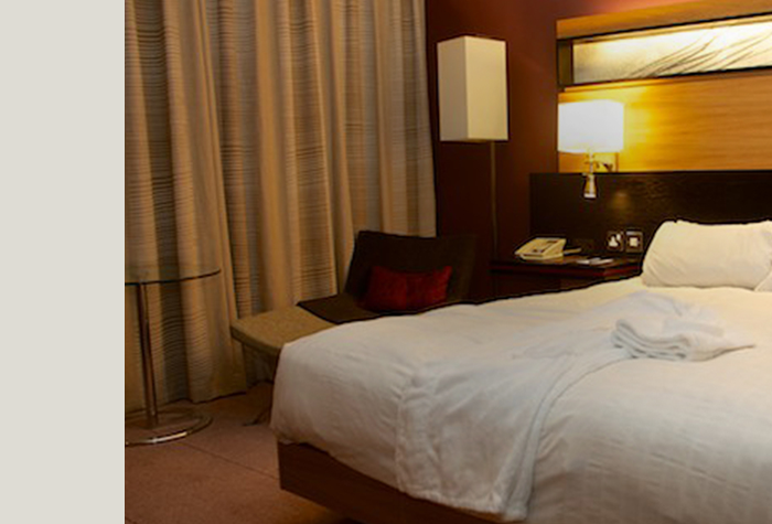 /imageLibrary/Images/78920-MAN-Hilton-bedroom-2.png
