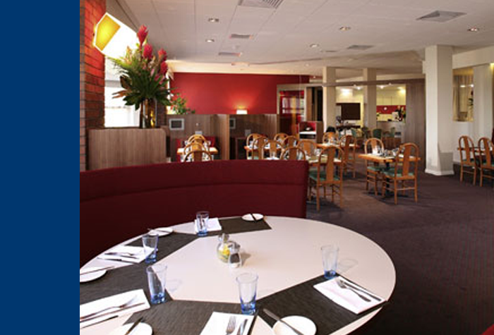 /imageLibrary/Images/79124-LHR-Novotel-pic5.png
