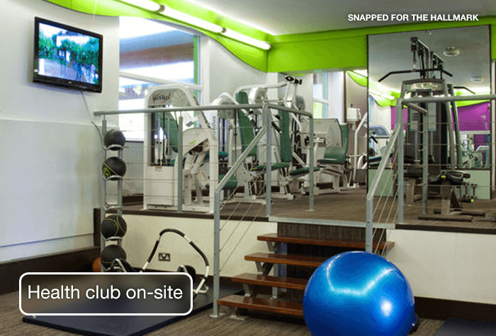 /imageLibrary/Images/84388-HX-MAN-Health-club-on-site.png