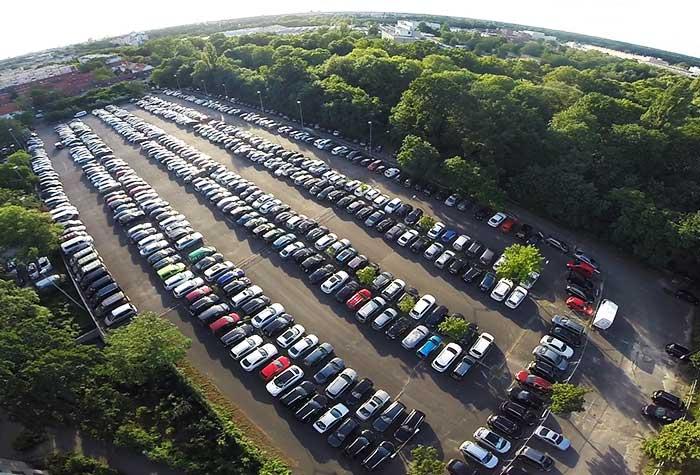 Mcparking p2 parkdeck tegel parken mit holiday extras for Tegel flughafen anfahrt