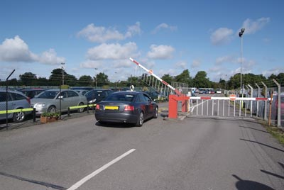 Luton Airparks Express Barrier