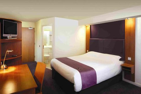 Newcastle Premier Inn Hotel Bedroom